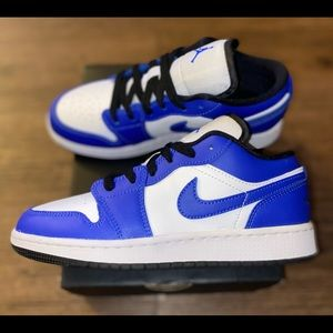 Jordan 1 low game royal sz 4y / 5.5w